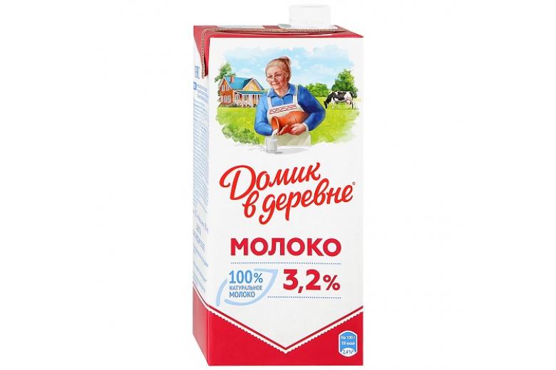 """МОЛОКО """"ДОМИК В ДЕРЕВНЕ"""" 3.2% 950Г"""