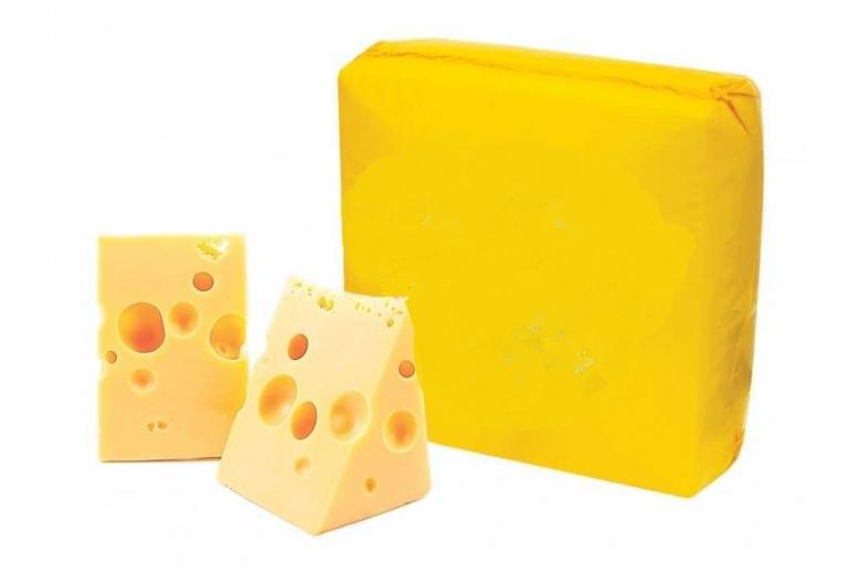 "Сыр Маасдам 45% евроблок 14-22кг ""Савушкин продукт"""