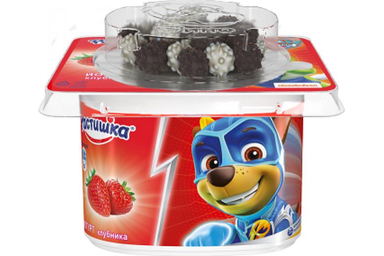 """Йогурт с шоколадным драже """"Растишка"""" клубника 115г"""